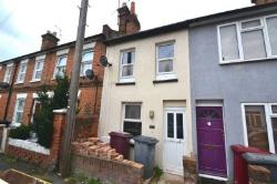 Terraced House To Let  Reading Berkshire RG1