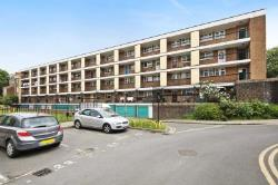 Maisonette For Sale  London Greater London W12