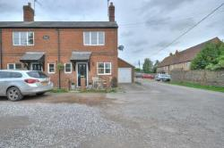 End Terrace House To Let  High Wycombe Buckinghamshire HP14