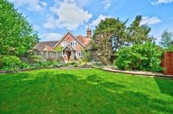 Terraced House For Sale  High Wycombe Buckinghamshire HP14
