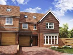 Semi Detached House For Sale  Tring Hertfordshire HP23