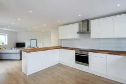Flat To Let  Tring Hertfordshire HP23