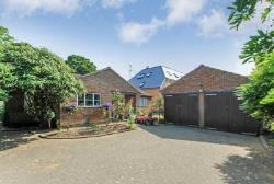 Detached Bungalow For Sale  Tring Hertfordshire HP23
