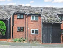 Terraced House To Let  Tring Buckinghamshire HP23