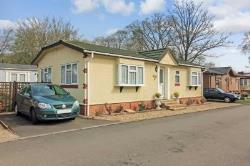 Mobile Home For Sale  Tring Hertfordshire HP23