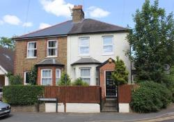 Semi Detached House For Sale  Kings Langley Hertfordshire WD4