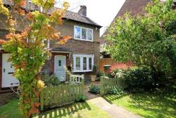 End Terrace House For Sale  Kings Langley Hertfordshire WD4