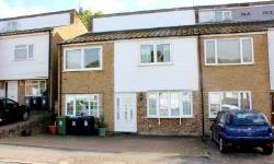Terraced House For Sale  Hemel Hempstead Hertfordshire HP2