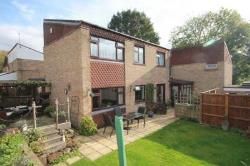 Detached House For Sale  Hemel Hempstead Hertfordshire HP2