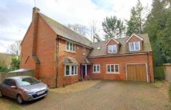 Detached House To Let  Hemel Hempstead Hertfordshire HP1