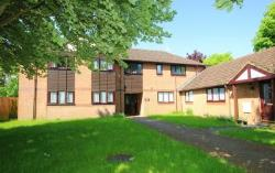 Flat To Let  Abbots Langley Hertfordshire WD5