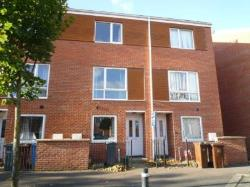 Semi Detached House To Let  Manchester Greater Manchester M13