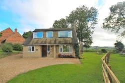 Detached House To Let  Aylesbury Buckinghamshire HP22