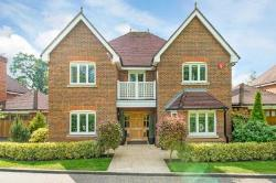 Detached House To Let  Tring Hertfordshire HP23