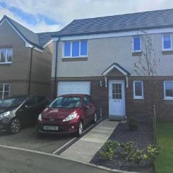 Semi Detached House To Let  Johnstone Renfrewshire PA5