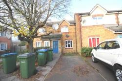 Terraced House To Let  London Greater London SE28