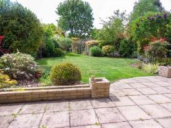 Detached House For Sale  Rayleigh Essex SS6