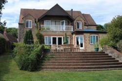 Detached House To Let  Warminster Wiltshire BA12