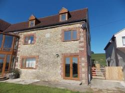 Semi Detached House To Let  Bruton Somerset BA10