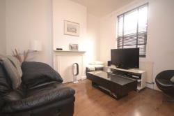 Terraced House To Let  Reading Oxfordshire RG4