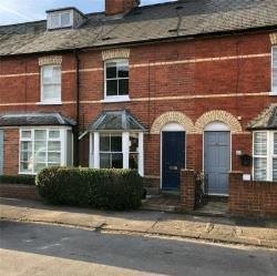 Terraced House To Let  Henley-on-Thames Oxfordshire RG9
