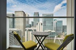 Flat For Sale  Canary Wharf Greater London E14