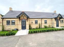 Semi - Detached Bungalow For Sale  Worksop Nottinghamshire S80
