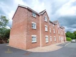 Flat To Let  Clayton-le-Woods Lancashire PR6