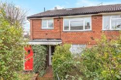 Maisonette For Sale  Edgware Middlesex HA8