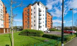 Flat For Sale  Cardiff Glamorgan CF10