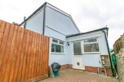 Semi Detached House To Let  Penarth Glamorgan CF64