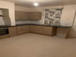 Terraced House To Let   South Yorkshire S70
