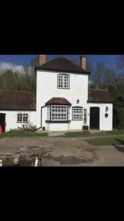 Detached House To Let  Budbrooke Warwickshire CV35