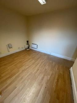 Flat To Let  Ripley Derbyshire DE5