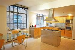 Flat To Let  Soho Greater London W1D