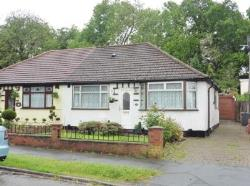 Semi - Detached Bungalow To Let  Watford Hertfordshire WD19