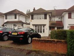 Semi Detached House To Let  Watford Hertfordshire WD19