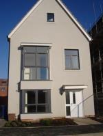 Detached House To Let  Thurrock Essex RM15