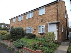 Terraced House To Let  High Wycombe Buckinghamshire HP13
