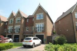 End Terrace House To Let  Haywards Heath West Sussex RH16