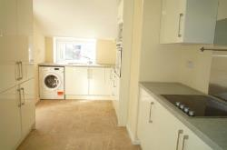Terraced House To Let  Portsmouth Hampshire PO1