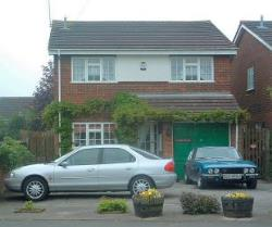 Detached House To Let  Stratford Road Middlesex UB4