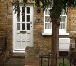 Terraced House To Let  Hertford Hertfordshire SG14