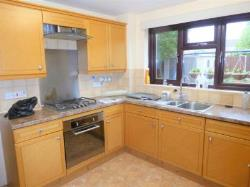 Detached House To Let  Wolverhampton Staffordshire WV9