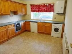 Detached House To Let  Brackley Northamptonshire NN13