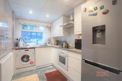 Terraced House To Let  Chigwell Essex IG7