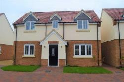 Detached House To Let  Bedford Bedfordshire MK44