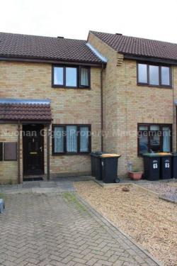 Terraced House To Let  Bedford Bedfordshire MK44