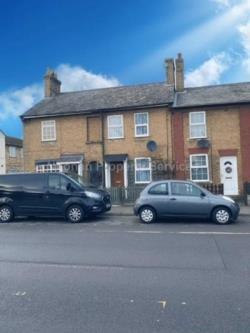Terraced House To Let  St Neots Cambridgeshire PE19