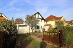 Detached House To Let  Richings Park Buckinghamshire SL0